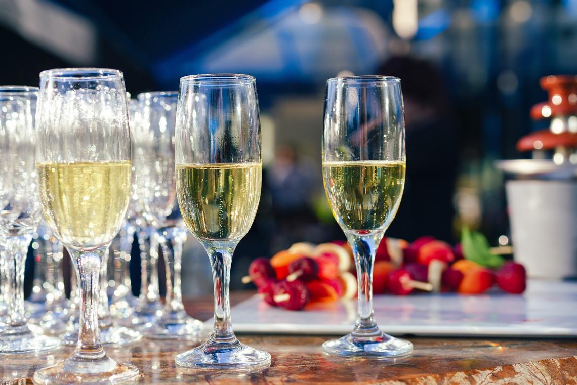 Červencová degustační večeře ve Wine Clubu Letní Soirée